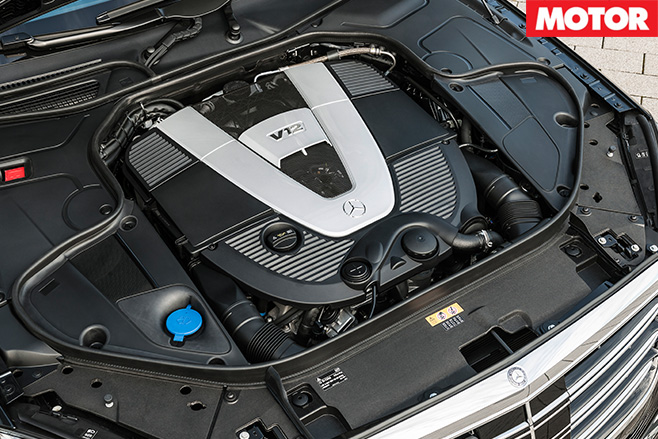 Maybach -s 600-V12-engine