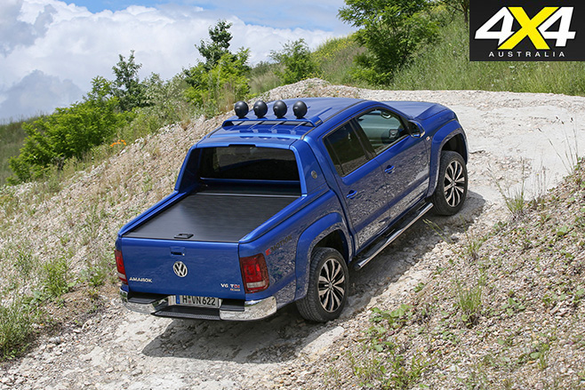 Volkswagen Amarok Aventura turning rear