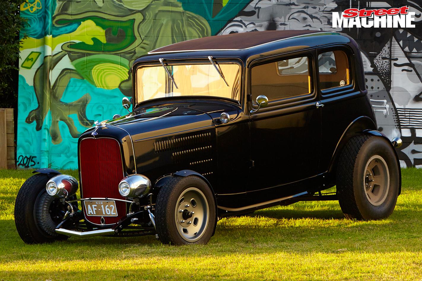 32 Ford Victoria