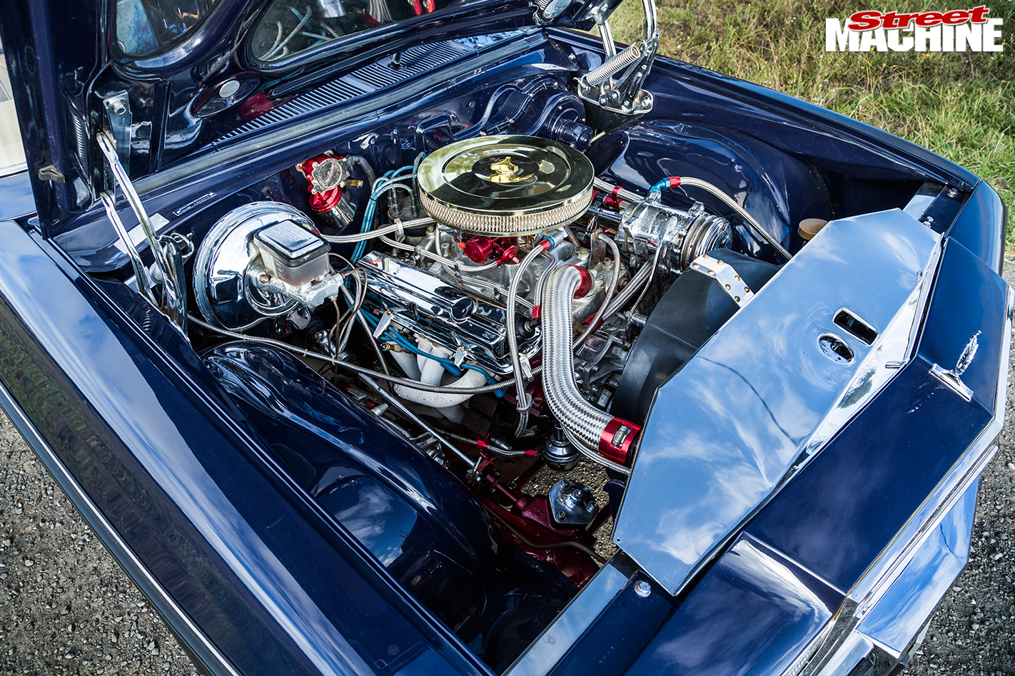 HOlden -WB-ute -engine -bay