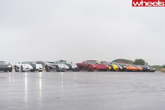 Koenigsegg -supercars -on -tarmac