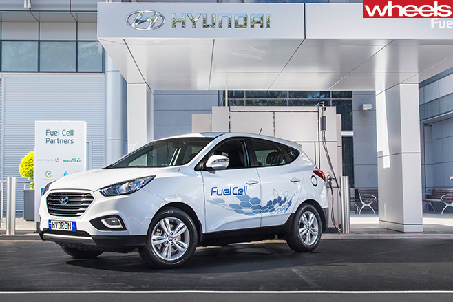 Hyundai -ix 35-hydrogen -fuel -cell -car