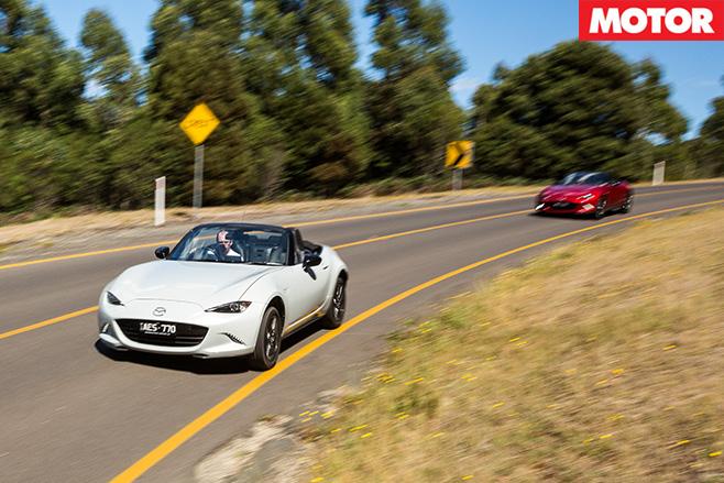 Mazda MX-5 1.5 litre vs 2.0 litre driving fast