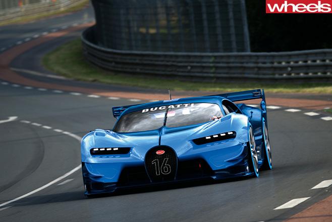 Bugatti -Chiron -driving -front -side