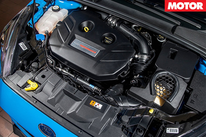 Ford Focus RS Mountune engine