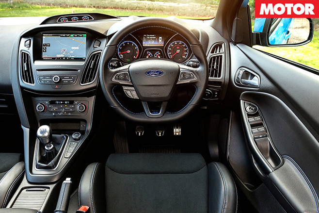 Ford Focus RS Mountune interior