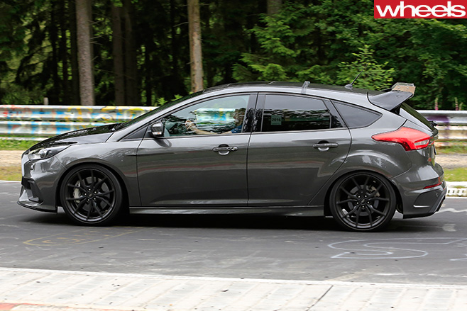 Ford Focus RS500 hatch side view