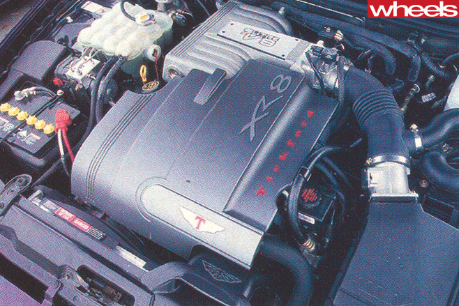 Ford -Falcon -Xr 8-engine