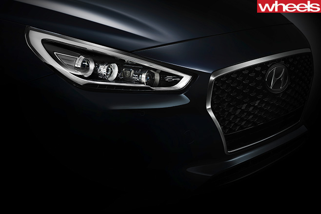 Hyundai -i 30-fascia -side