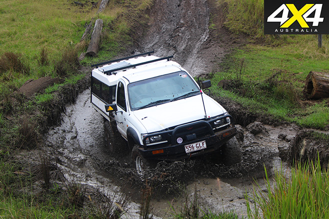 4x4 driving in the mud