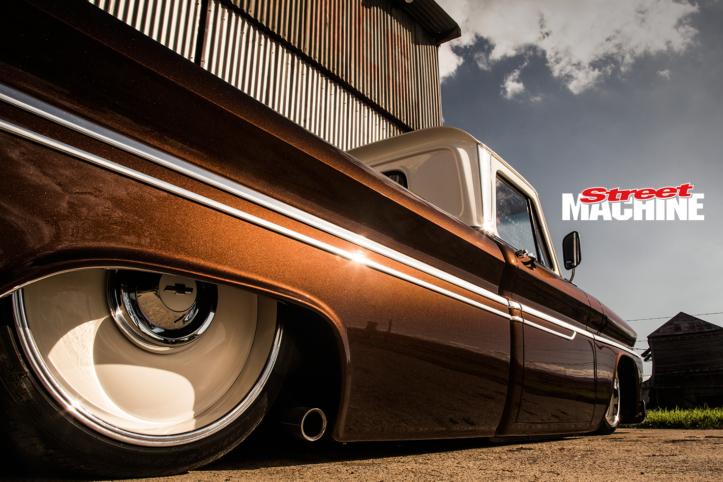 Chevy C10 Pick Up Custom Low LS1 2