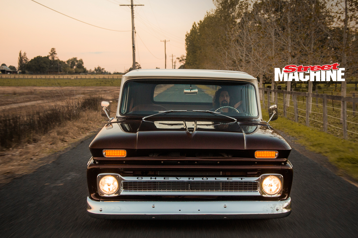 Chevy C10 Pick Up Custom Low LS1 4