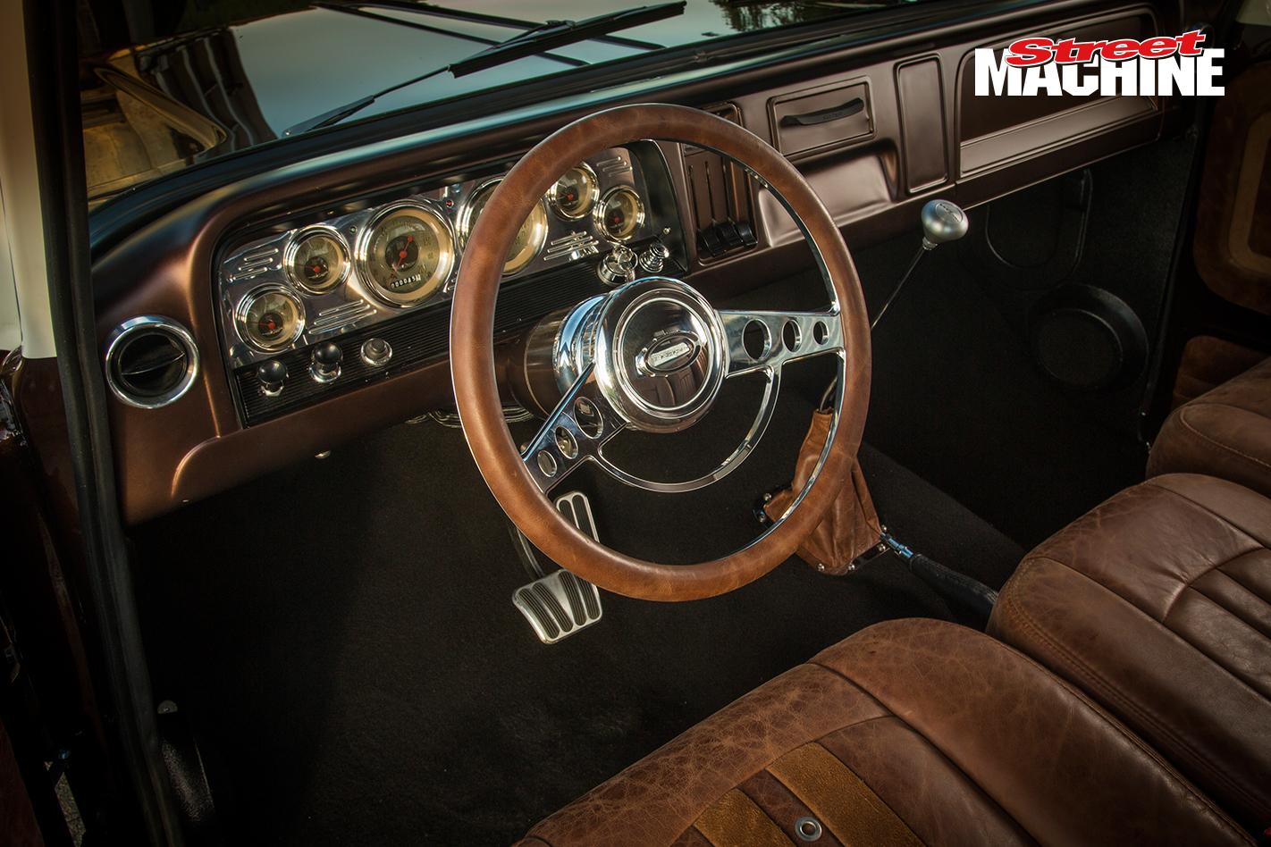 Chevy C10 Pick Up Custom Low LS1 10