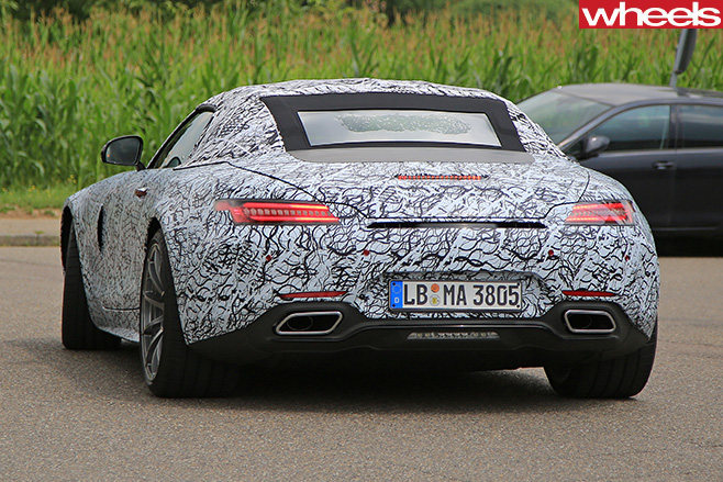 Mercedes -AMG-GT-Roadster -spy -rear