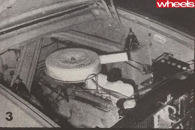 1963-Ford -Falcon -engine