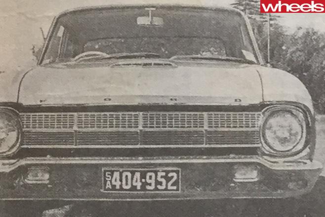 1964-Ford -Falcon -fascia