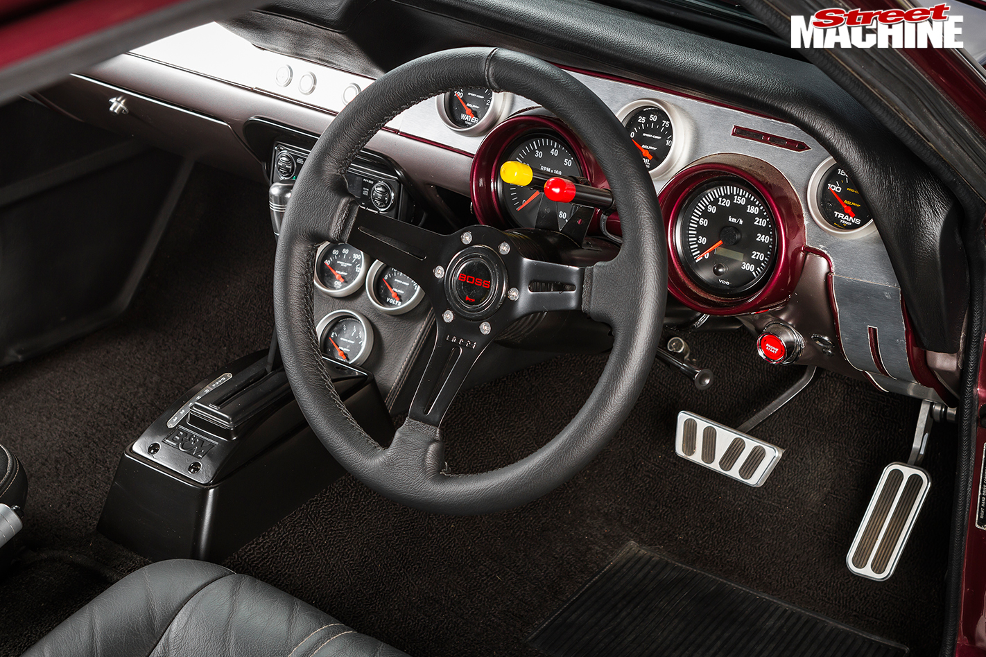 Ford -Mustang -interior -front