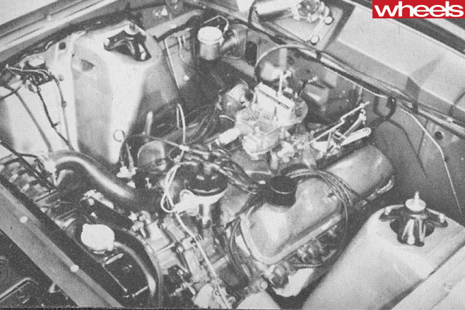 Ford -Falcon -XR-engine