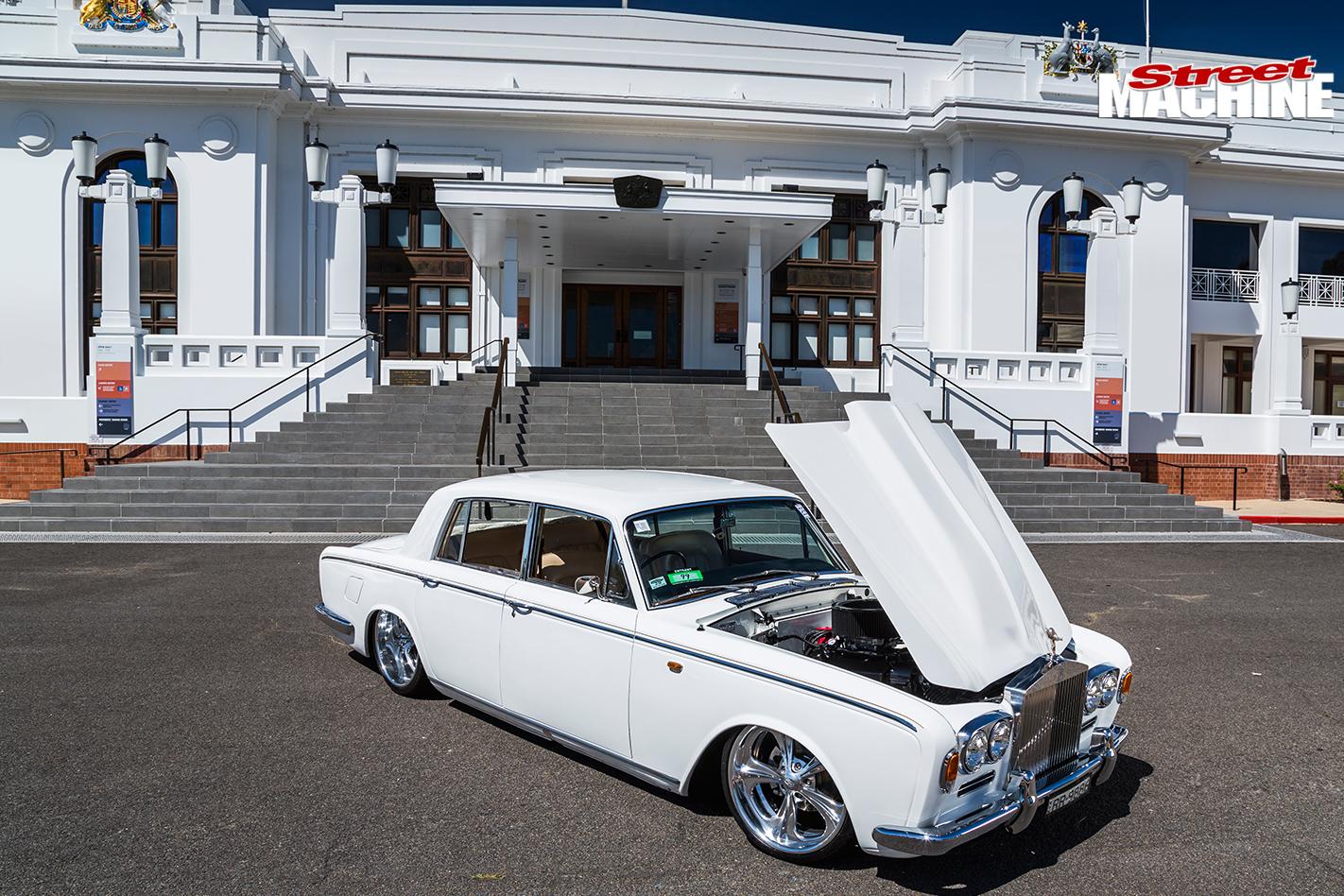 Rolls -royce -silver -shadow -bonnet -up
