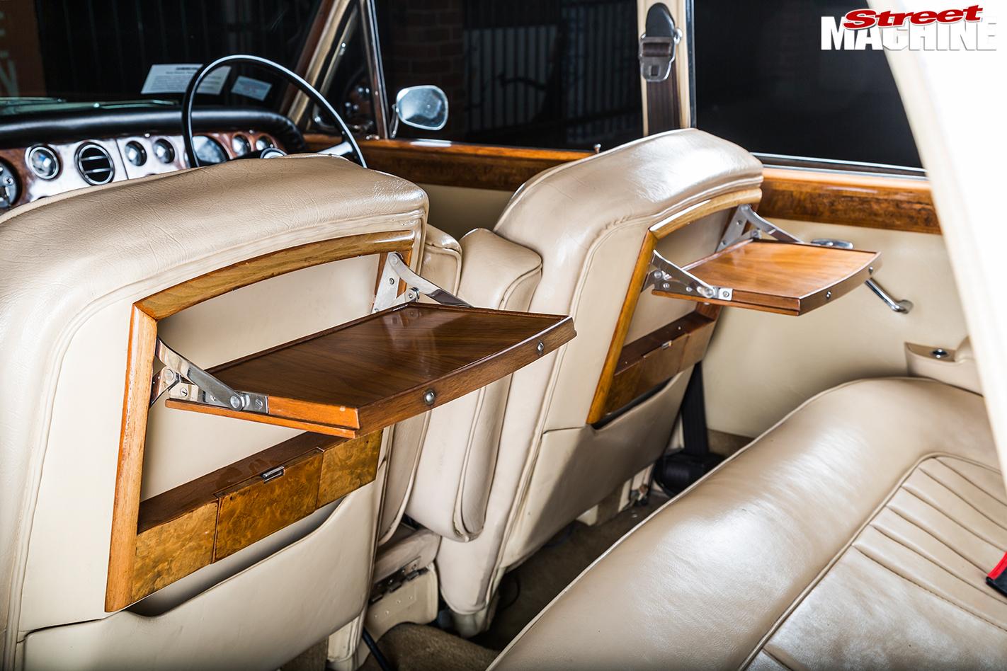 Rolls -royce -silver -shadow -interior -rear