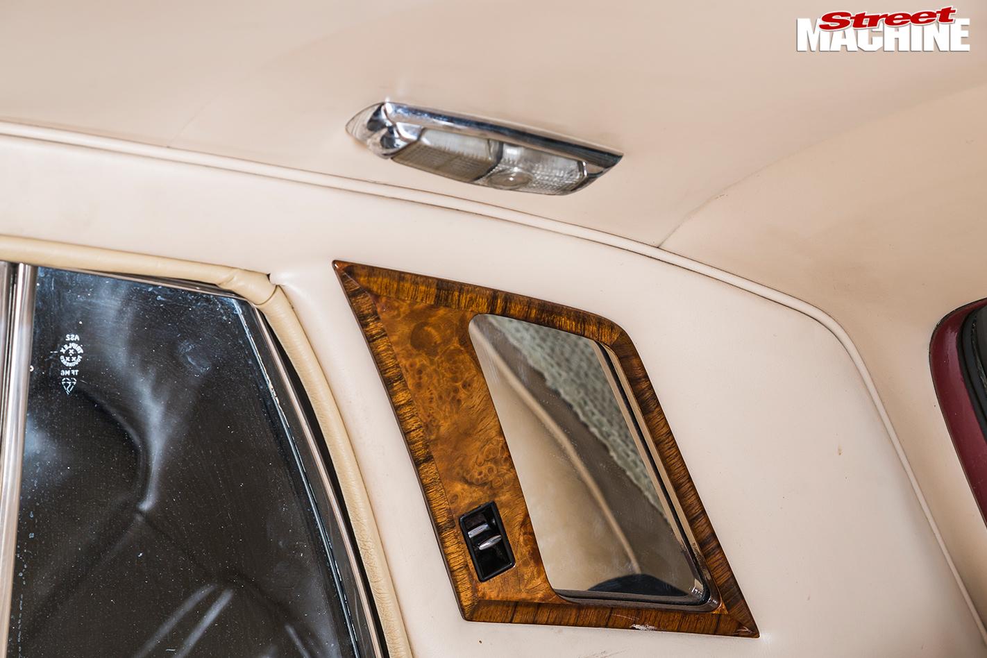 Rolls -royce -silver -shadow -interior -light