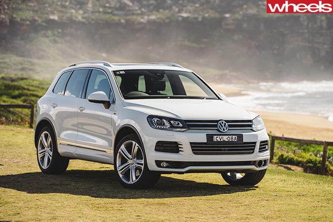 White -Volkswagen -Touareg -SUV