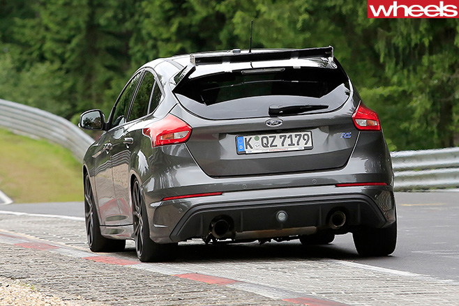 Ford -Focus -RS500-rear -driving