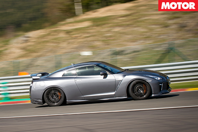 Nissan MY17 GT-R side driving