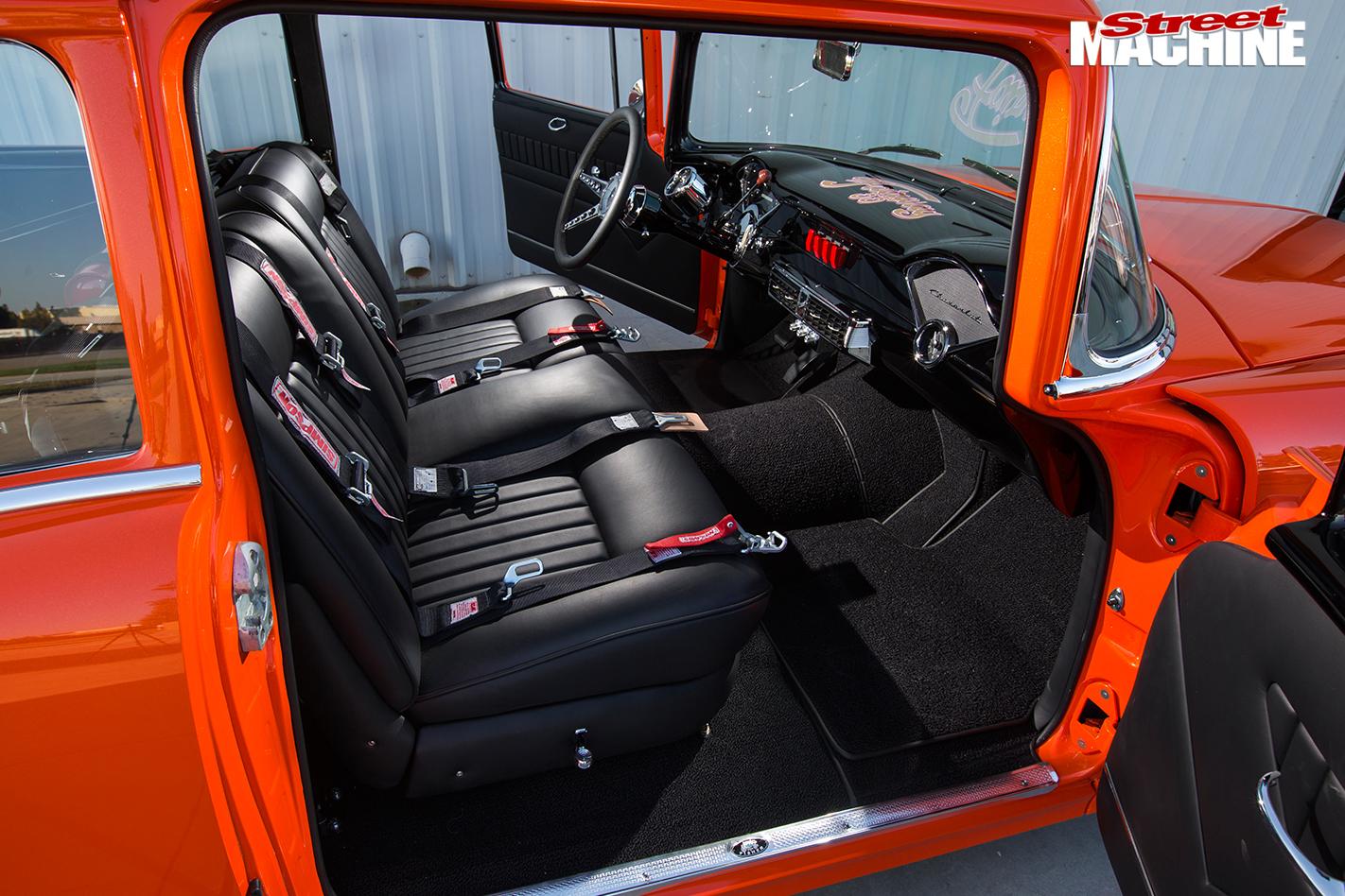 1955-chevrolet -150-interior -front
