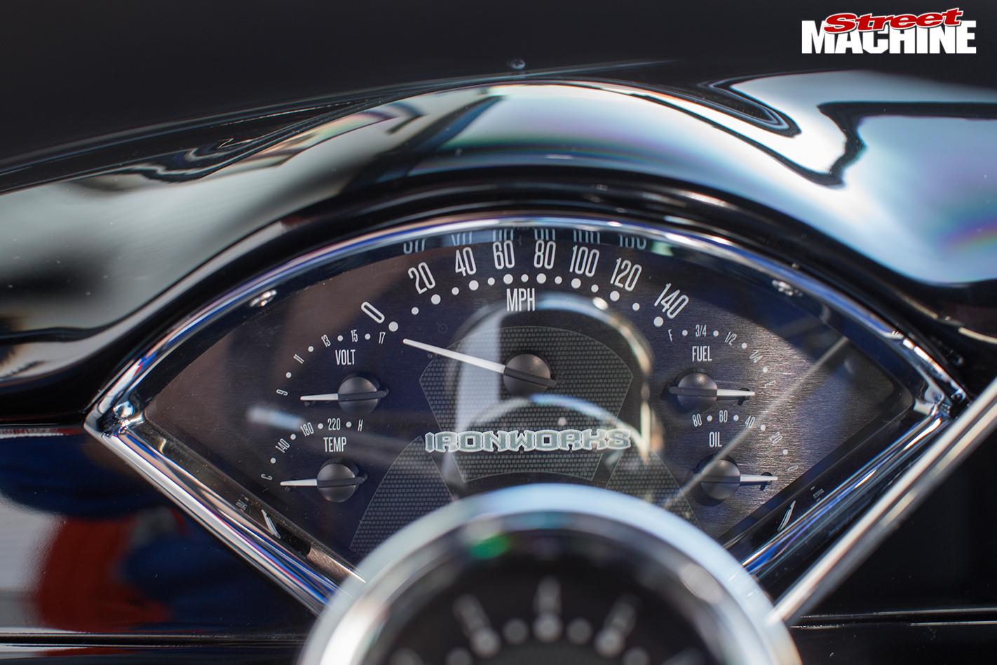 1955-chevrolet -150-speedo