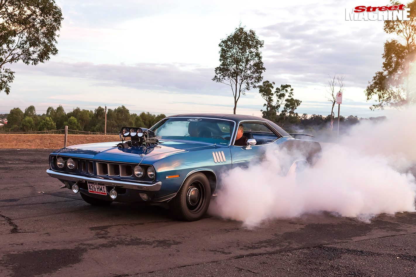Plymouth -barracuda -burnout