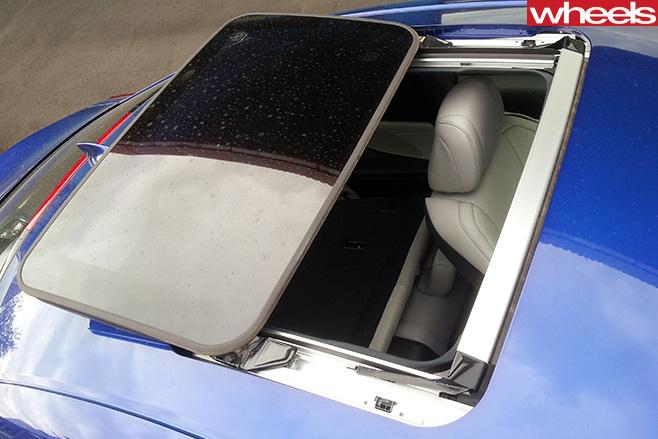 Lexus -RC-200t -F-Sport -sunroof