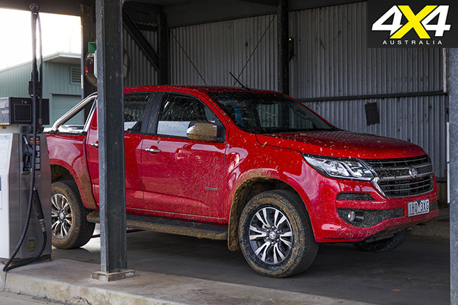 Holden Colorado MY17 side dirty