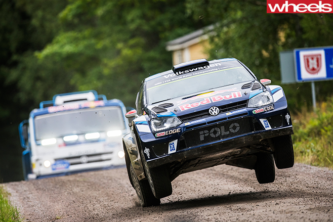 WRC Polo Vs Kamaz Dakar Truck 2