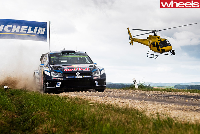 Ogier -VW-Polo -driving -around -track