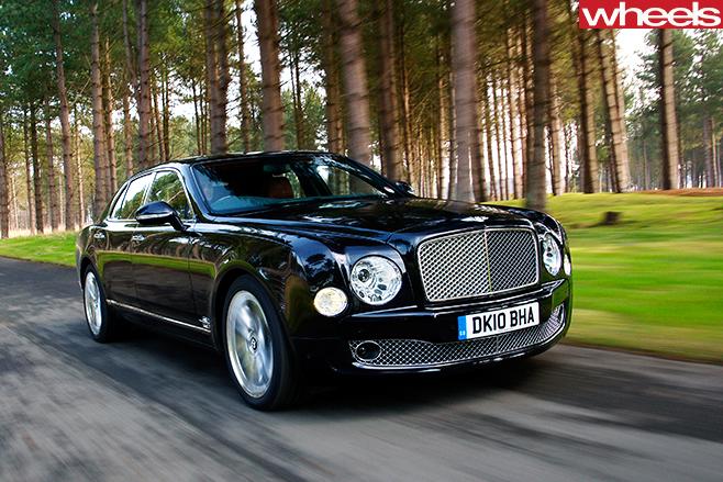 Bentley -Mulsanne -front -action -whl