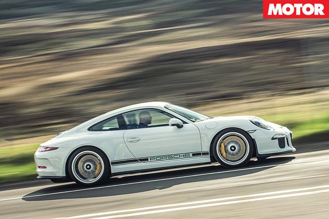 Porsche 911 R driving side