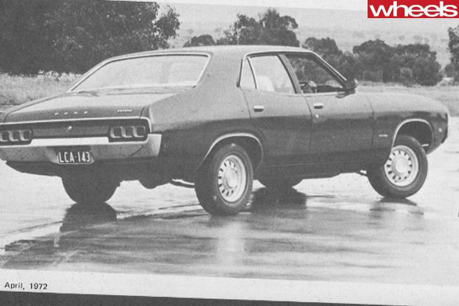 Ford -XA-Falcon -drifting