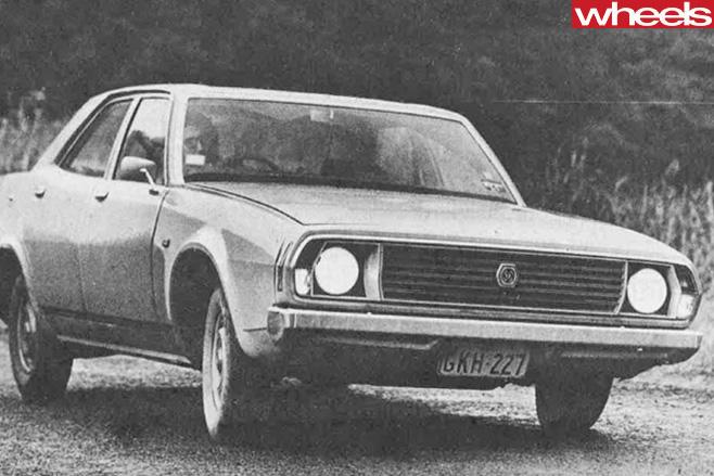 1973-Lleyland -sedan