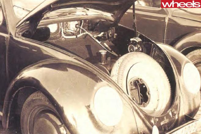 Volkswagen -Beetle -spare -tyre
