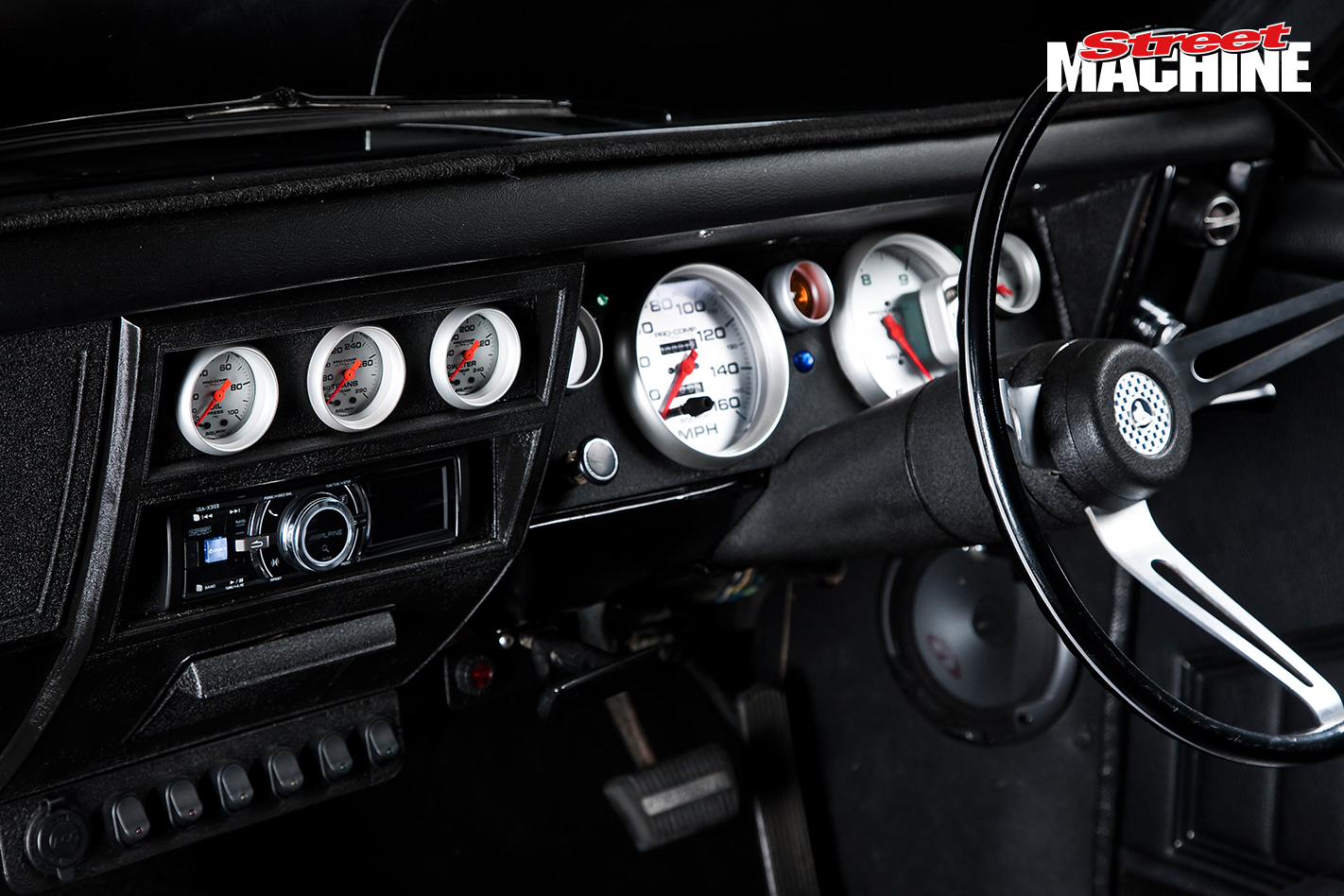 Holden HG Monaro GTS 355 V8 Interior 1