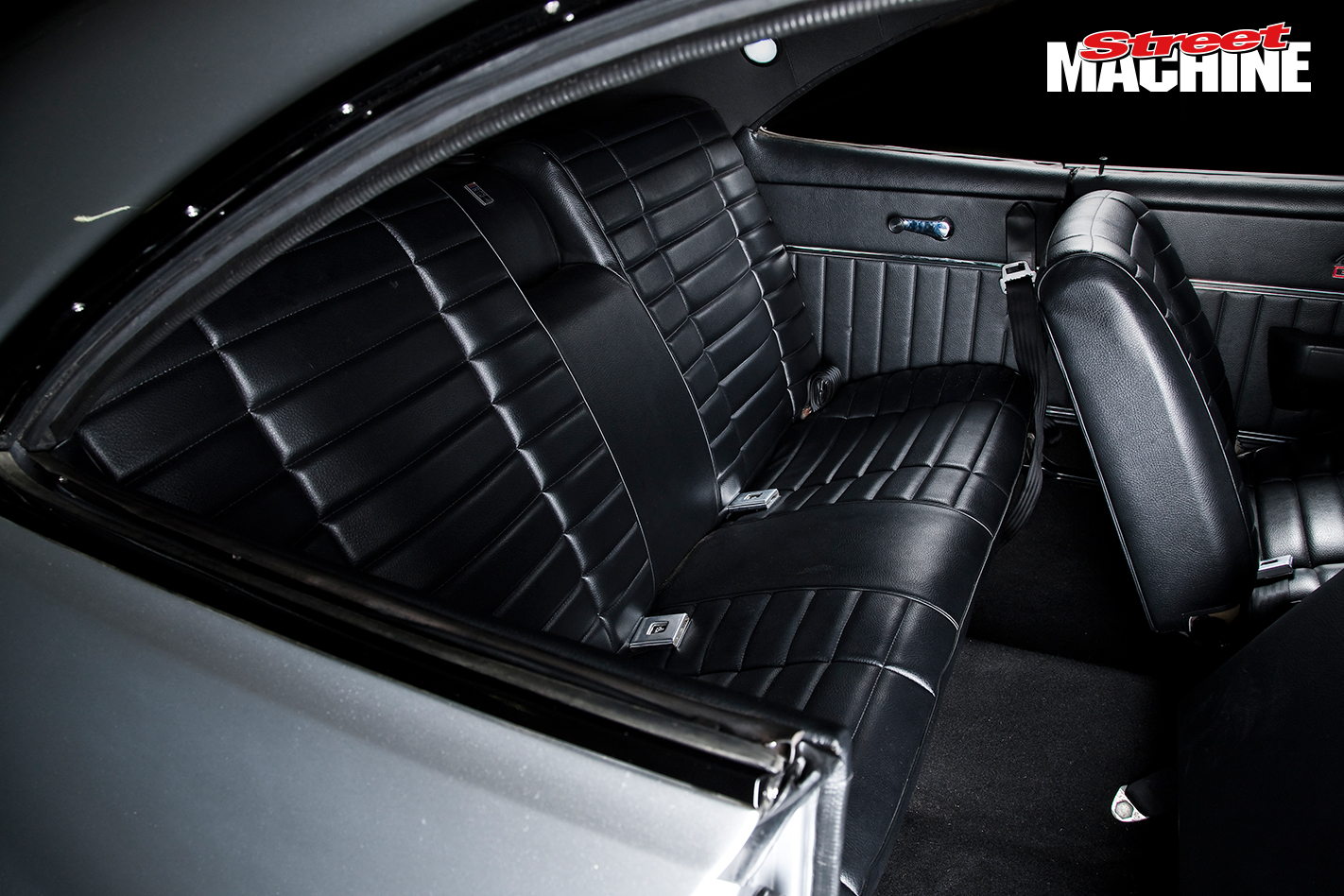 Holden HG Monaro GTS 355 V8 Interior 2