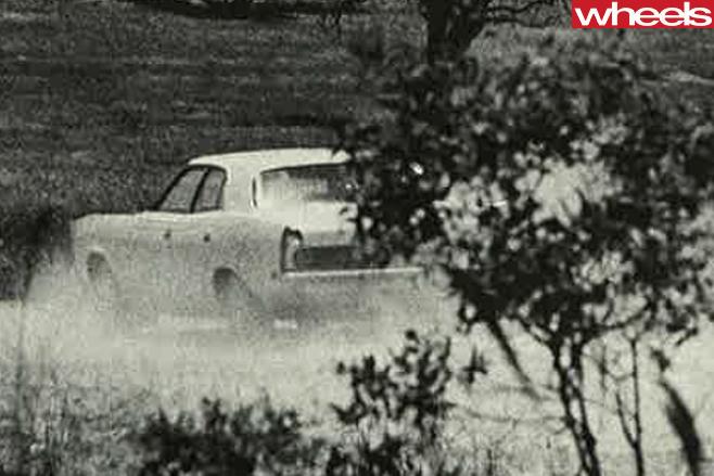 1976-Ford -Falcon -driving -rear