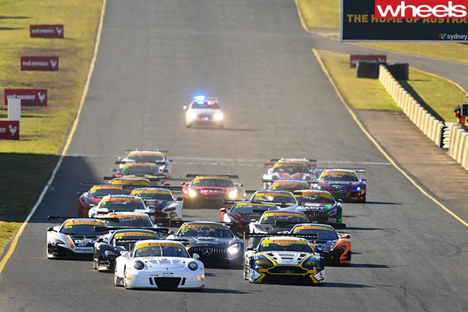 Aston -Martin -Vantage -V12-GT3-leads -field
