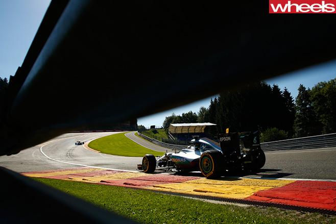 Mercedes -F1-rear