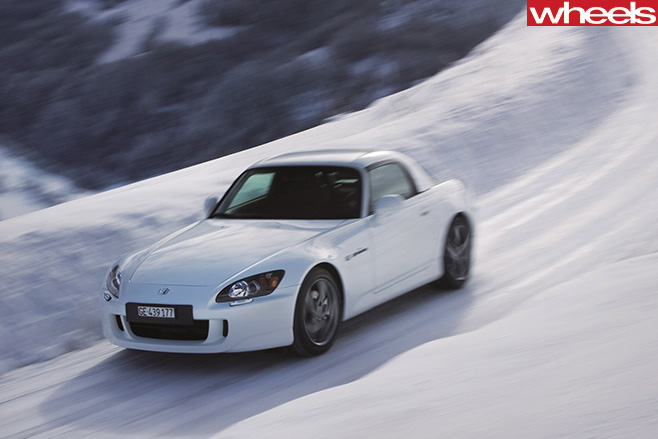 Honda -S2000-driving -in -snow