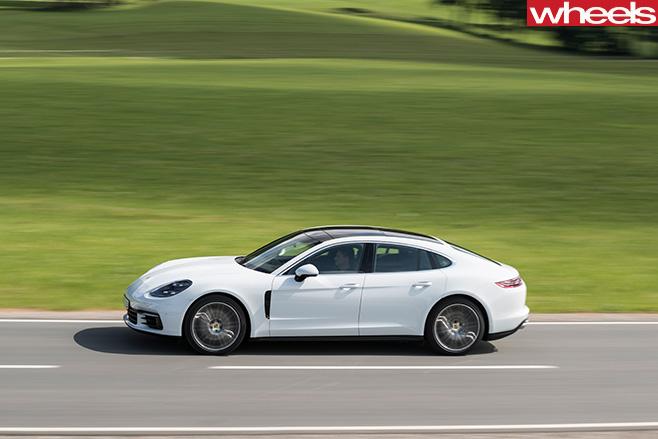 Porsche -Panamera -front