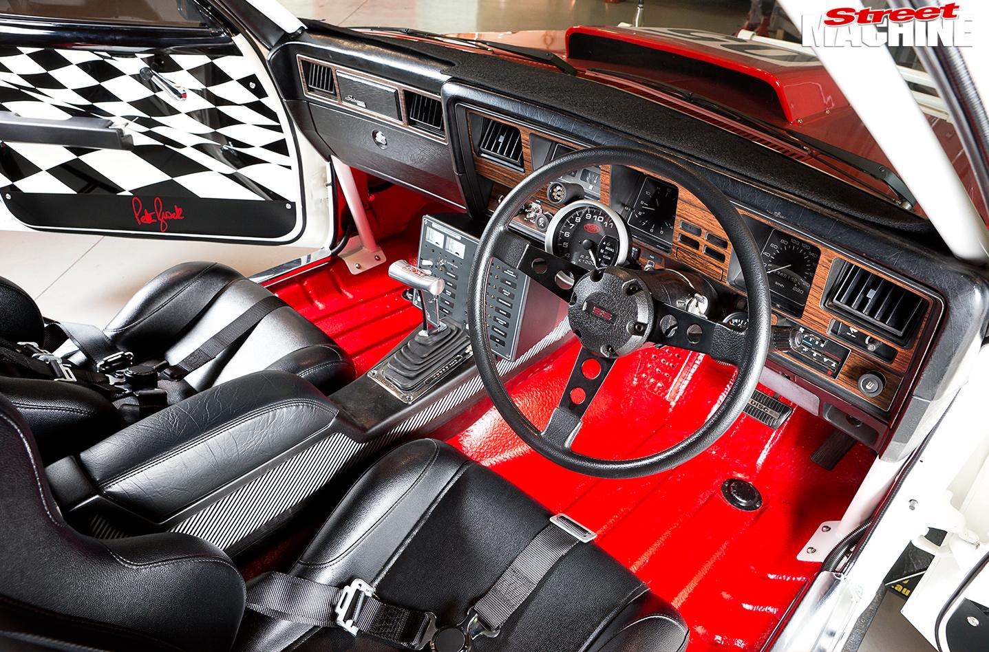 Bash -Holden -Statesman -interior -front