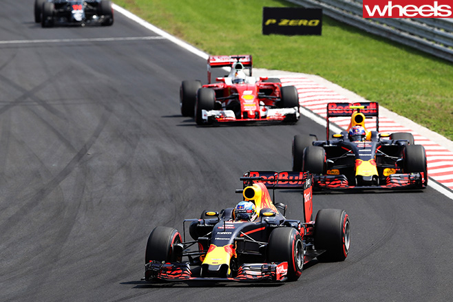Red -Bull -leads -F1-driving