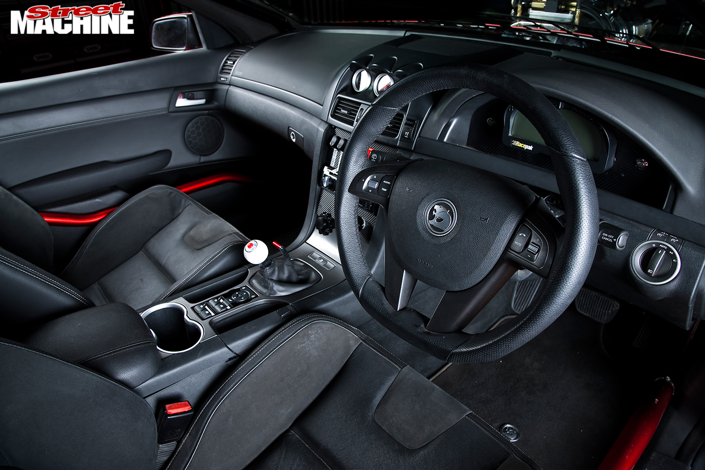 Holden -VE-commodore -wagon -interior -front